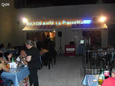 Karaoke locali ed eventi locali con karaoke a roma roma ristorante pizzeria la piazzetta - Pizzeria con giardino roma ...